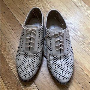 Adorable beige lace up shoes
